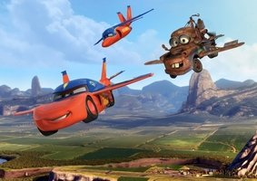 AG Design Fotobehang Disney Cars Flying FTD2206