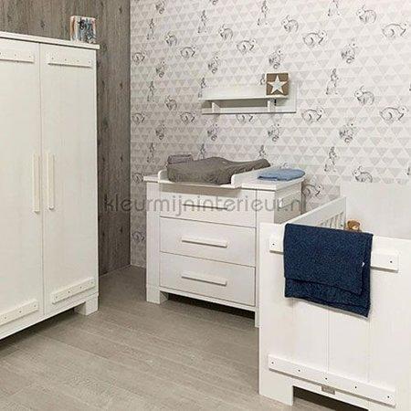 Ons Zelf Smile OZ 3269 Behang zacht grijze ruitjes met konijntjes wit met grijs vlies